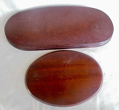 TWO VINTAGE WOODEN DISPLAY STANDS / PLINTHS - 12.5