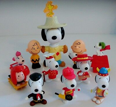 Snoopy & Charlie Brown Toy Figures Bundle by McDonald's
