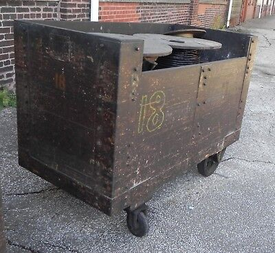 Industrial Equipment Cart Wood Movable Wcasters. Warehouse Utility Cart.