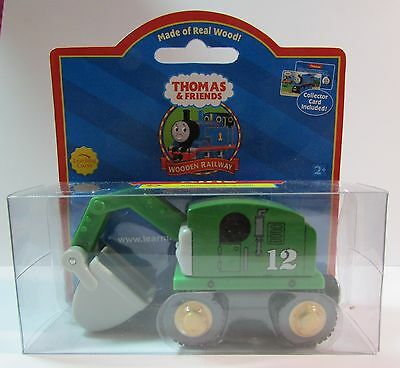 THOMAS THE TANK & FRIENDS-WOOD ALFIE W/COLLECTOR CARD RED LABEL 2003 *NEW BOX*