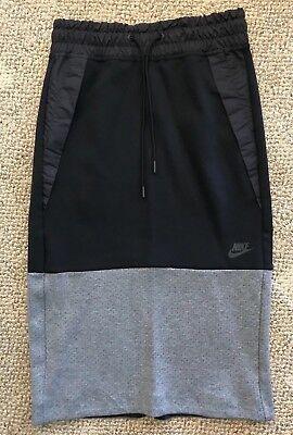 Nike Sportswear Tech Fleece Womens Skirt Black Gray Size XS (0-2) 831719-011