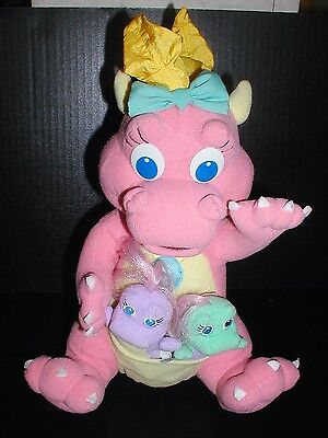 DRAGON TALES Plush Cassie Babysitting Surprise with Two Siblings Playskool PBS