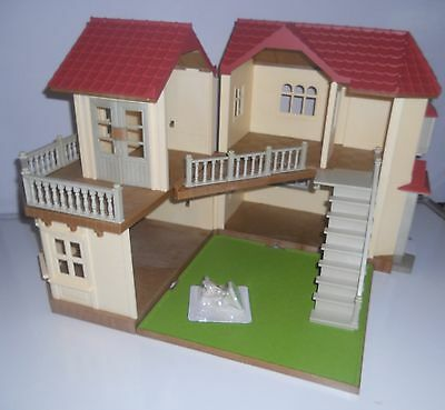SYLVANIAN FAMILIES BEECHWOOD HALL,  PLUS CHOCOLATE RABBITS & FURNITURE. NO BOXES