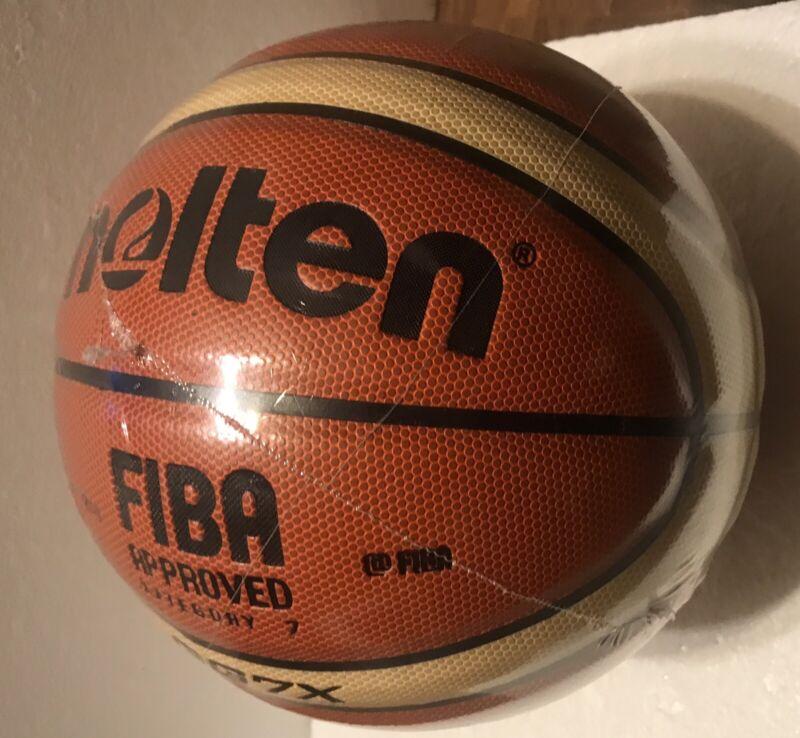 Molten FIBA Basketball Category 7A (GG7)