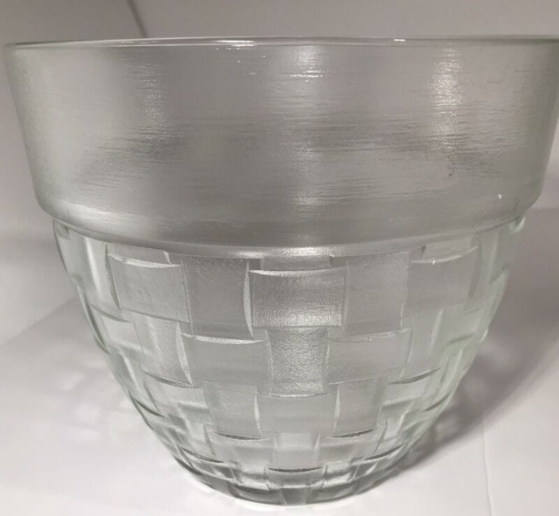 ❇️ANCHOR HOCKING Large Basket Weave Clear Glass Bowl/Mixing Bowl