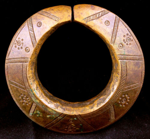Old Massive Nupe Bracelet – Manilla – African Currency – Nigeria / Niger