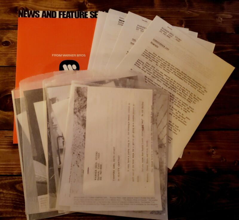 "1973 ""SATANIC RITES OF DRACULA"" Orig. MOVIE PRESS KIT With (9) Photo"