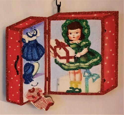 BRUNETTE  DOLL in CASE / TRUNK w CLOTHES * Glitter CHRISTMAS ORNAMENT * Vtg Img