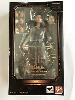 BANDAI S.H.Figuarts Star Wars Rey (The Last Jedi) JAPAN OFFICIAL IMPORT