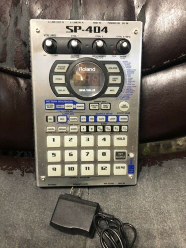 Roland SP-404 Portable Power Sampler with FX ADAPTER FREE SHIPPING