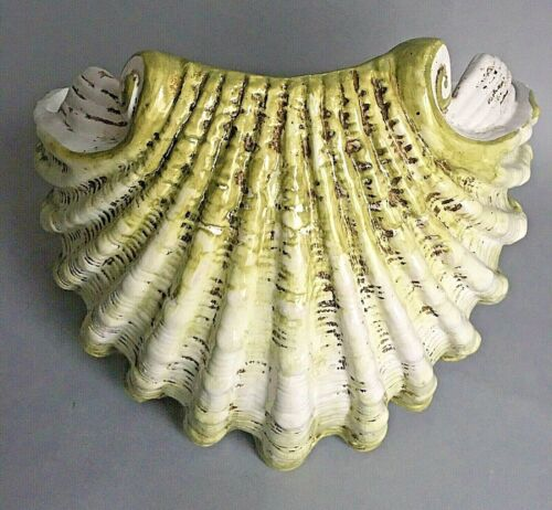Vtg Large Italian Majolica Scallop Shell Wall Pocket/Planter Maker PV Green