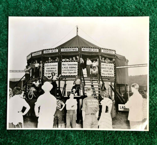 RARE ORIG 1960 WALL OF DEATH PHOTO INDIAN SCOUT MOTORCYCLES BOUDREAU MOTORDROME