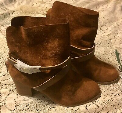 NWT NEW DIRECTIONS WMS JORIE BROWN MAN MADE SUEDE WOMAN'S ANKLE BOOT SIZE 6 (Jorie Brown)