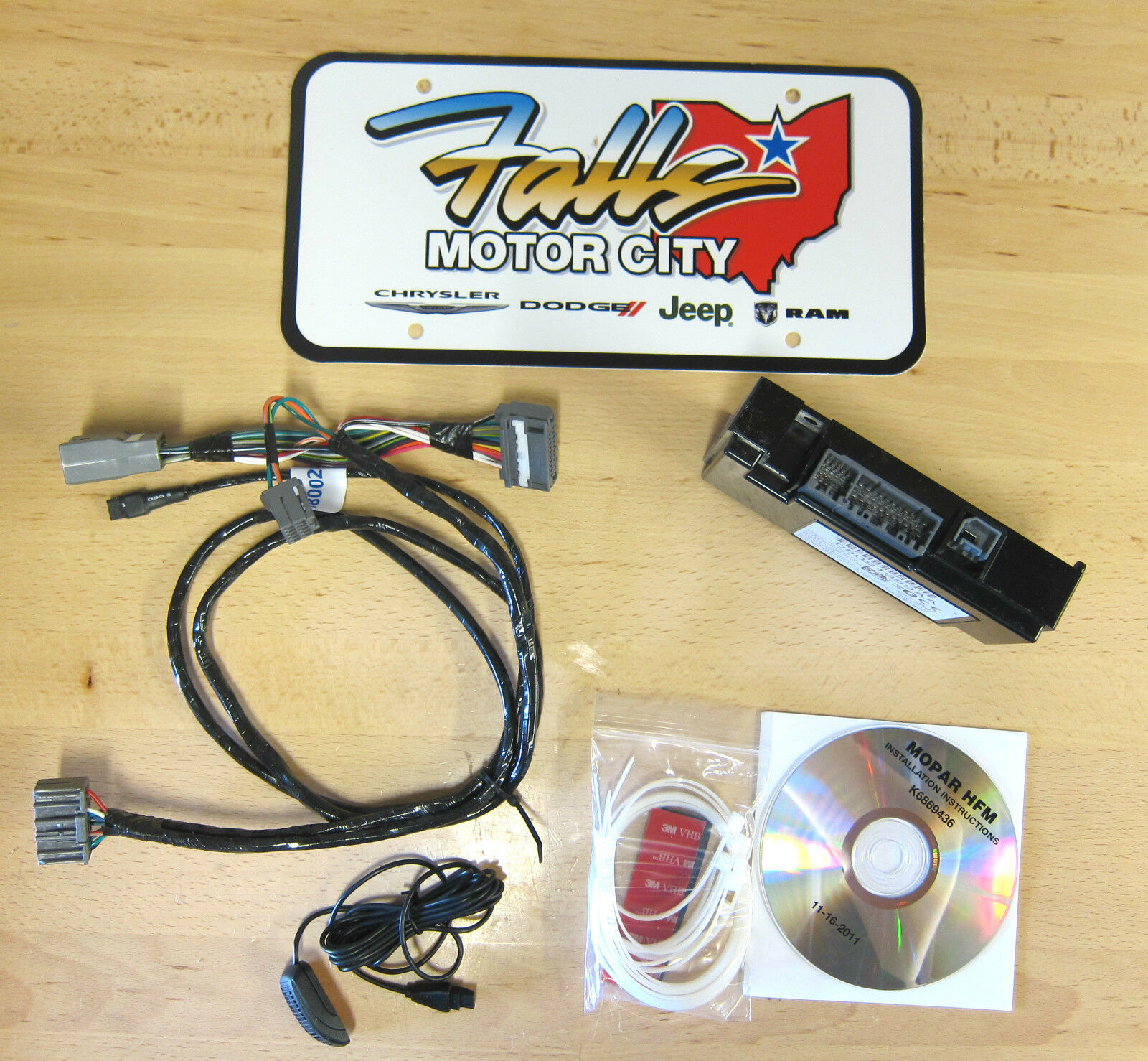 Chrysler 300 300c 2006 2d Small Dash Kit: Possible To Upgrade Head Unit In 2012 300?