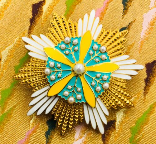 Japan Manchuria Order of Orchid Blossom  Breast star
