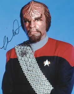 MICHAEL-DORN-Signed-10x8-Photo-WORF-In-STAR-TREK-COA