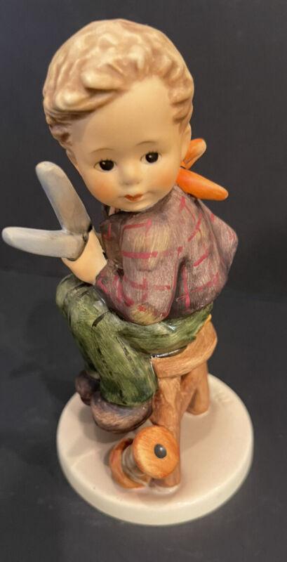 HUMMEL Goebel Little Tailor Figurine With Box #308