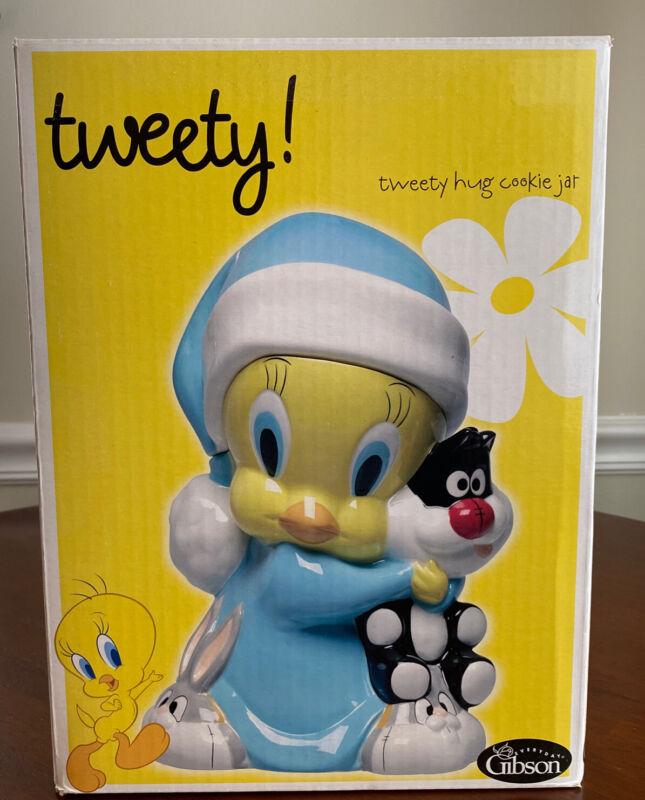 Looney Tunes Tweety Hug Retro Vintage Cookie Jar Brand New
