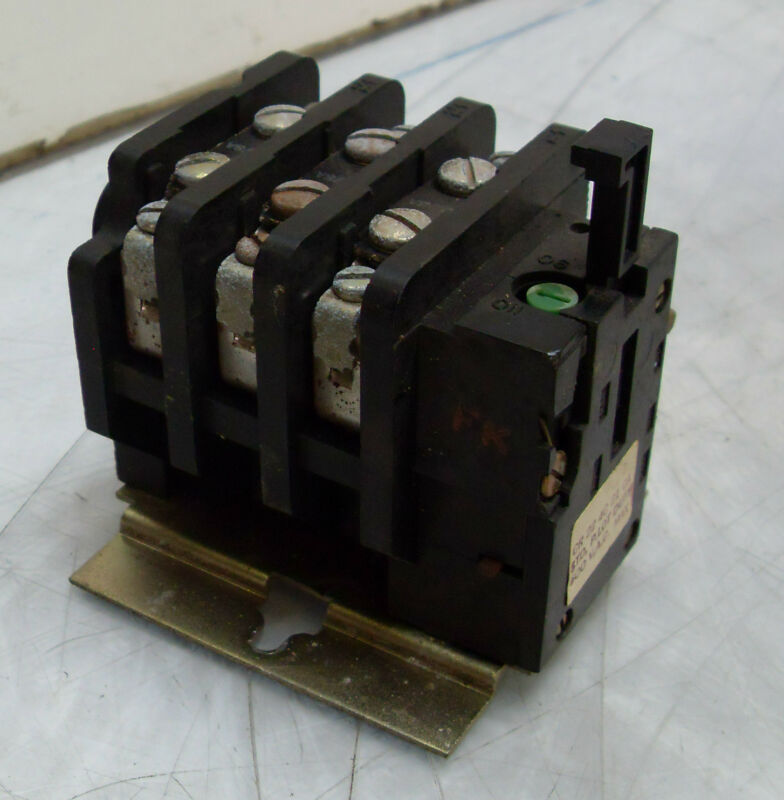 General Electric Overload Relay CR224C210A, Used, WARRANTY