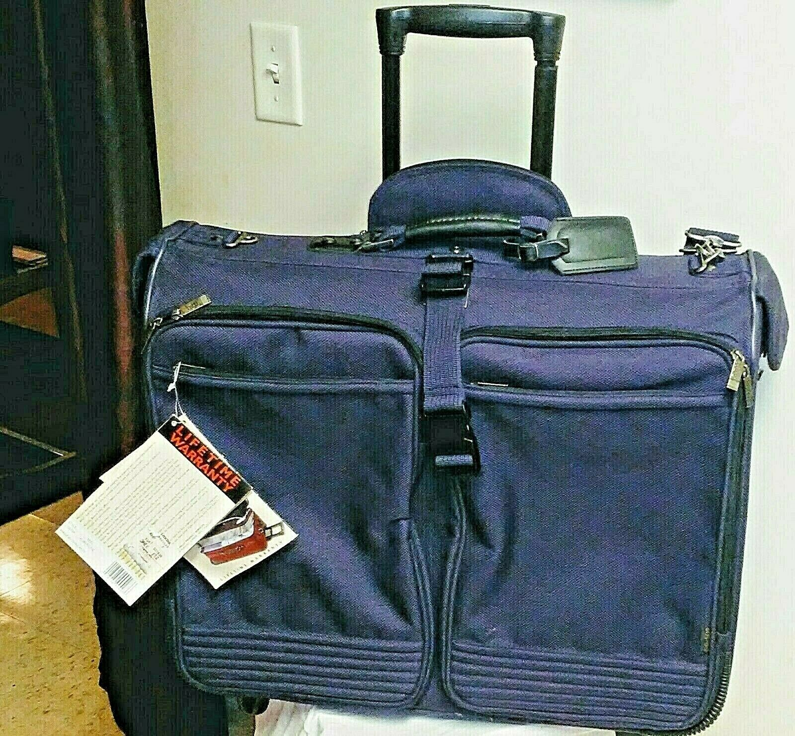Ricardo Beverly Hills Rolling RHB Garment Bag Luggage EXCELLENT Style 9942 - $89.99