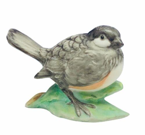 Sparrow figurine chubby lark bunting Italy vtg decor gift sculpture porcelain