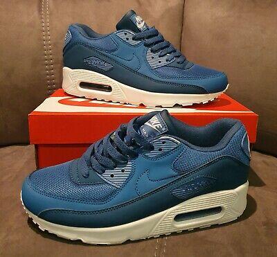Nike Air Max 90 UK size 9