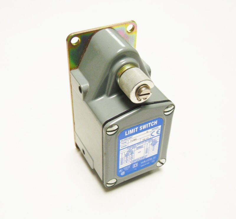 NEW SQUARE D 9007TUB6 HEAVY DUTY LIMIT SWITCH READ