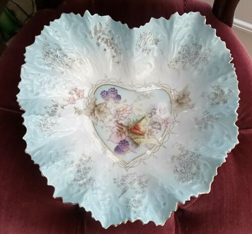 ANTIQUE PORCELAIN HANDPAINTED HEART SHAPE CABNET PLATE BOWL