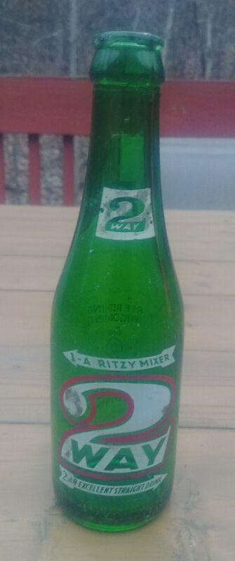 Vintage soda pop bottle 2 WAY green 7oz 1952 Drinkmor Beverage