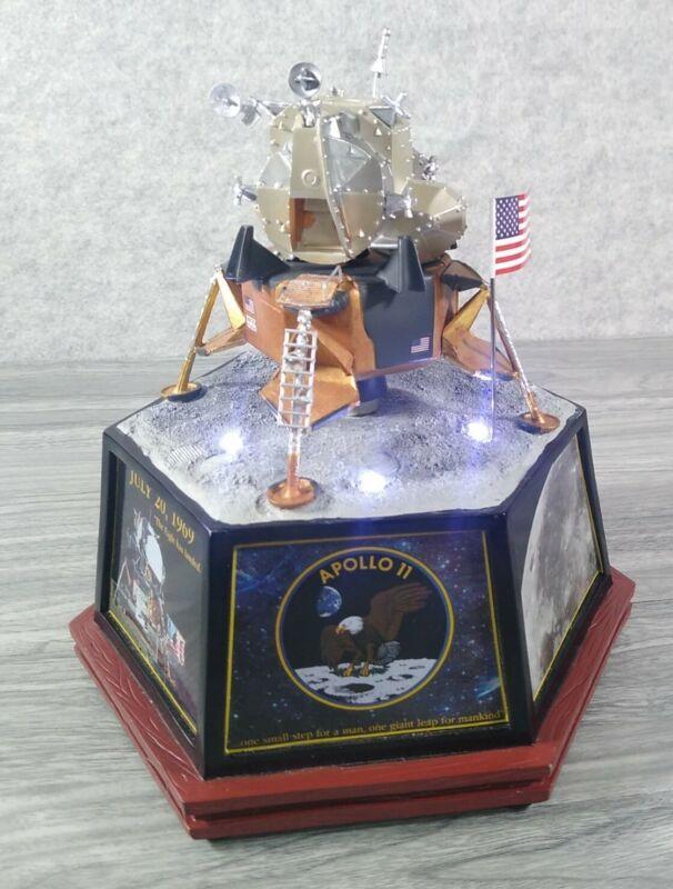 HAWTHORNE VILLAGE APOLLO 11 MASTERPIECE TRIBUTE MODEL SPACECRAFT NASA JFK WORKS