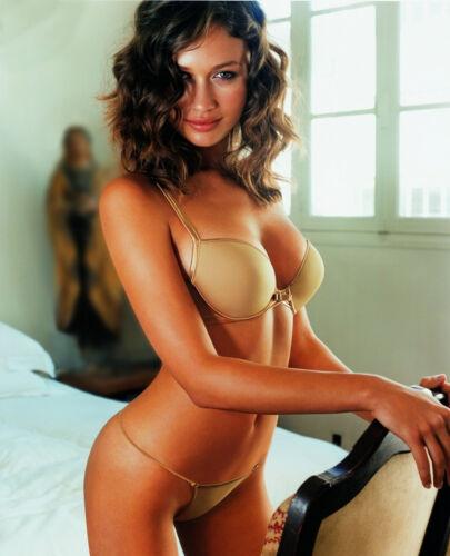 Olga Kurylenko 8x10 Celebrity Photo Picture Hot Sexy 22