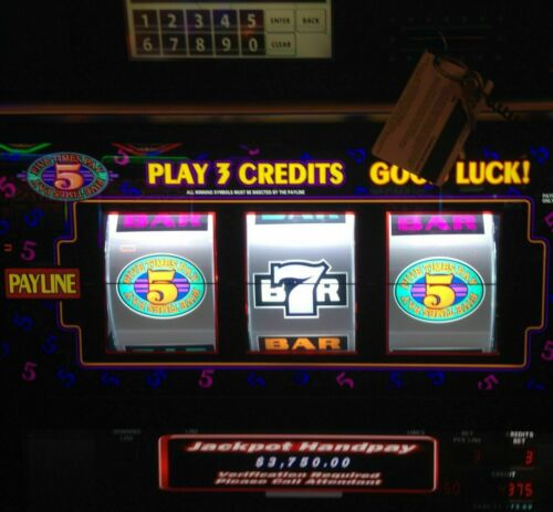 SLOT MACHINE WINNING STRATEGY - WIN MORE MONEY!!