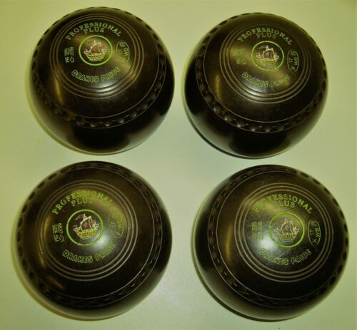 Drakes Pride Lawn Bowl Set of 4 Size 5H & M    3 sets available Ur choice of 1