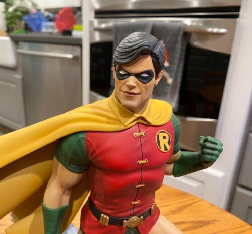 Tweeterhead DC Super Powers Maquette Statue 1/6 Robin Gargoyle Base #115/190