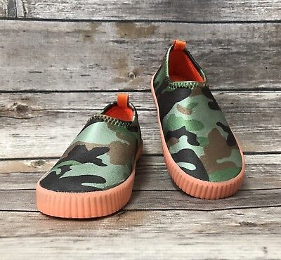 Kids Just Buds Camouflage Green Water Shoes Aqua Socks Size 5, 7, 8, 9, 10
