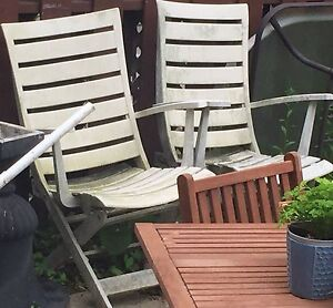 *reduced price* 6 Patio furniture chairs