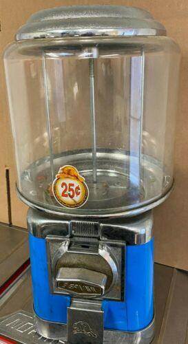 Beaver RB16 + Lock & Key Gum Candy Capsule Bulk Vending