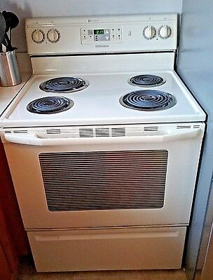 On Sale  Maytag Electric Range Stove W Self Cleaning Oven Excellent Condition