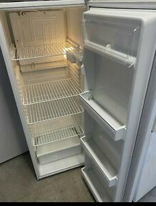 Warranty 251L Kelvinator only fridge no Freezer good work cond