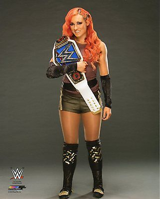 "WWE PHOTO BECKY LYNCH WITH SMACKDOWN TITLE OFFICIAL STUDIO WRESTLING 8x10"" PROMO"