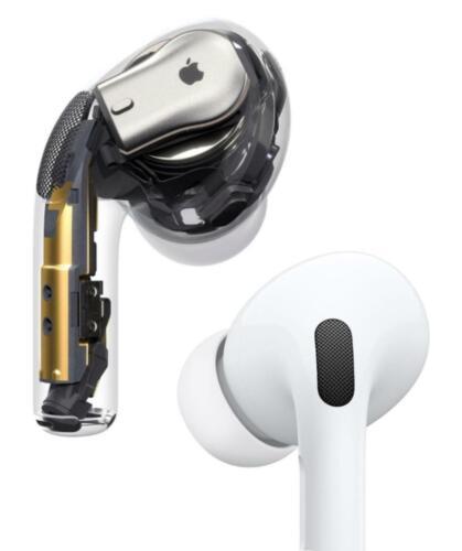 Apple AirPod Pro New condition ORIGINAL In Box W/Wireless Charging Case