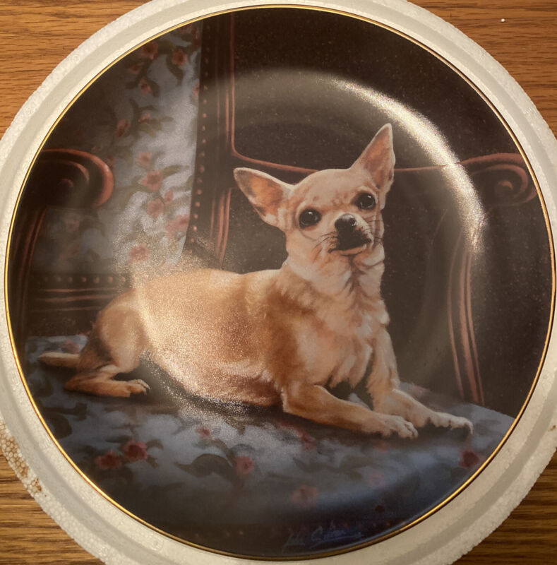 Danbury Mint Chihuahuas Collection THE PERFECT SPOT Plate by John Silver NEW