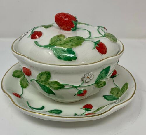 Vintage Majolica Mottahedeh Strawberry Sugar Bowl with Plate