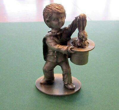 PEWTER COLLECTIBLE, BOY WITH MAGIC HAT, H.WILECE, HUDSON PEWTER, RABBIT IN HAT - Magic Hat With Rabbit