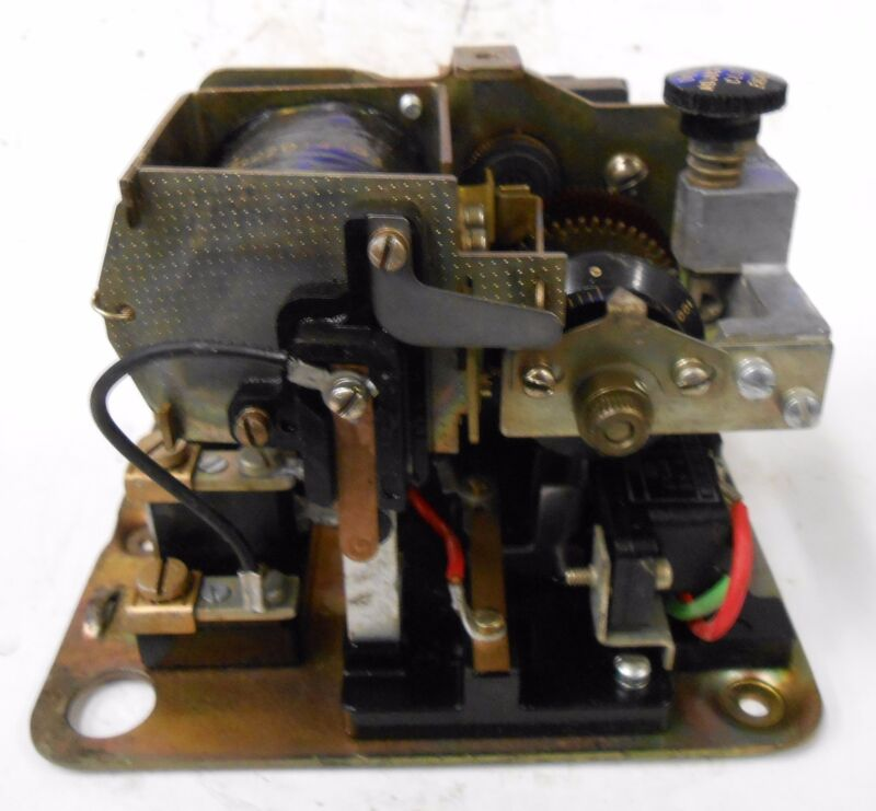 GENERAL ELECTRIC CR2820-1740 TIME DELAY RELAY, 460 VOLTS, 60 HZ, 22D145G4 COIL