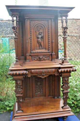 SIGNED ANTIQUE CARVED WALNUT FRENCH JESTER BUFFET, SIDEBAORD, CABINET  CA. 1880
