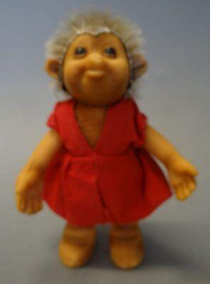 Steiff Mecki in roten Kleid, H-12 cm
