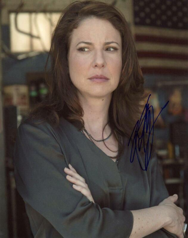 """Robin Weigert """"Sons of Anarchy"""" AUTOGRAPH Signed 8x10 Photo"""