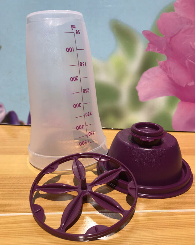 TUPPERWARE NEW QUICK SHAKE CUP 16 OZ-IN CLEAR WITH PURPLE LID COLOR !!!!