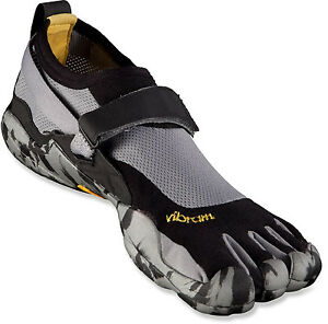 Vibram-FiveFingers-Mens-KSO-Shoes-M1485-Black-Grey-Camo-Size-42-NEW-IN-BOX